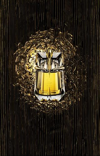 alien-liqueur-de-parfum-fragrance.jpg