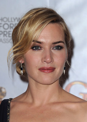 http://nadinejolie.com/blog/wp-content/uploads/2010/01/kate-winslet-lancome-golden-globes-hair-and-makeup.jpg