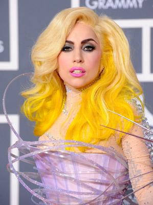 Album of the Lady Gaga Lady-gaga-2010-grammy-awards-yellow-hair