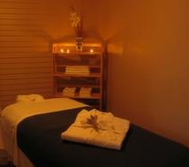 Healing-Hands-Wellness-Center-Massage