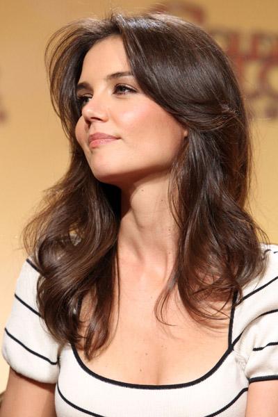 Katie-Holmes-Golden-Globes-hair
