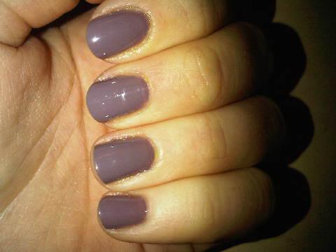 Essie-nail-polish-Merino-Cool-greige