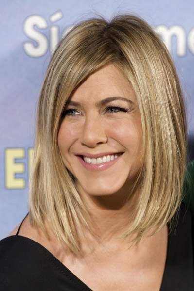 Jennifer-Aniston-haircut-new-bob-Just-Go-With-It