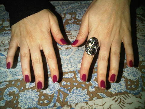 Katherine-Snedden-L'Oreal-nails