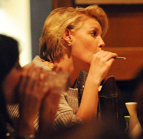 katherine heigl smoking. Katherine Heigl quits smoking