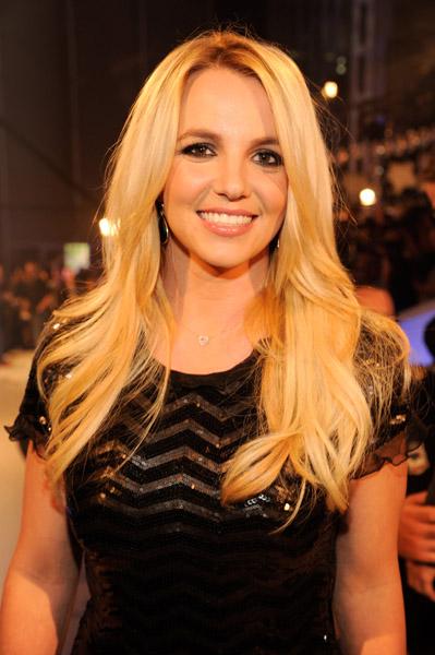 My favorite MTV Video Music Awards beauty looks - Nadine ...