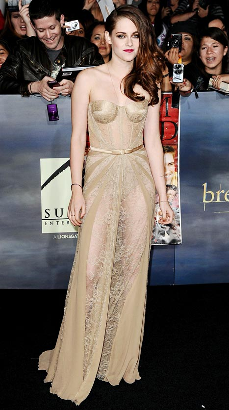 Kristen-Stewart-Breaking-Dawn-premiere
