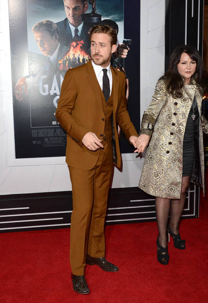 Ryan-Gosling-with-his-mom-red-carpet