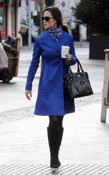 Pippa-Middleton-Ted-Baker-blue-coat