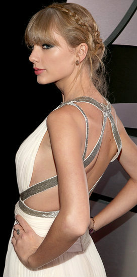 Taylor Swift braids at the Grammy Awards