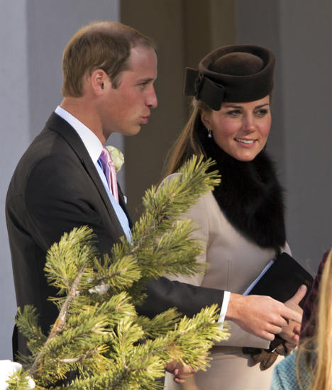 Duchess-Kate-wedding-Switzerland-fur-collar-hat