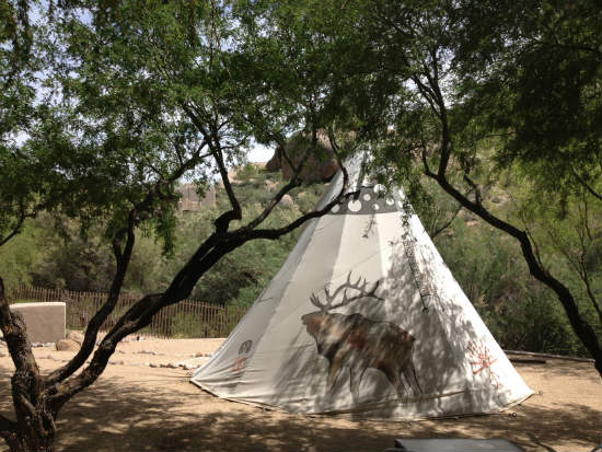 Arizona-teepee-The-Boulders