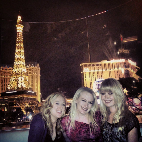 Living the M Life: Picking the songs at the Bellagio fountain while at Hyde!