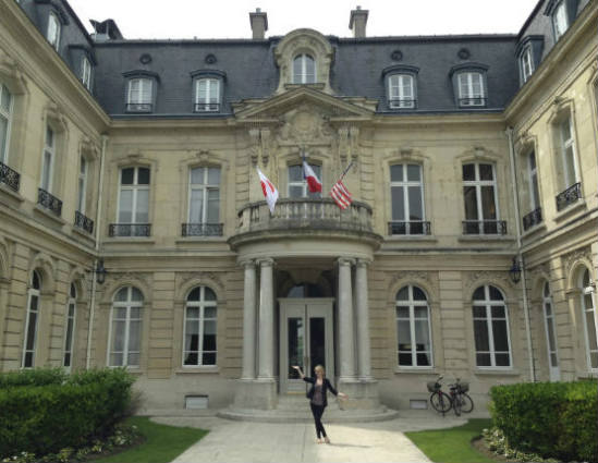 hotel review chateau les crayeres in reims france. Black Bedroom Furniture Sets. Home Design Ideas