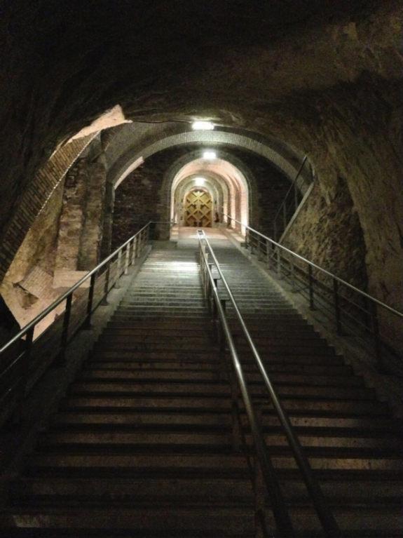 Veuve-Clicquot-crayeres-chalk-caves