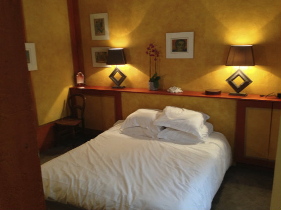 Avenue-Story-Rue-de-Bac-bedroom