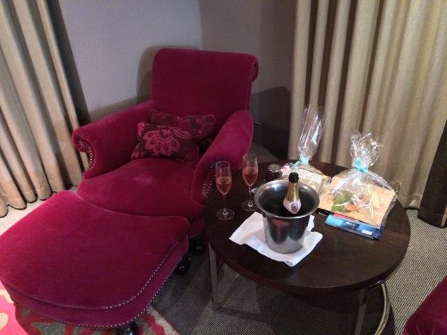 Bloomsbury-Hotel-London-bedroom-2