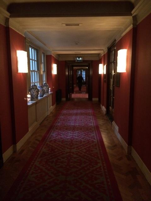 Bloomsbury-Hotel-London-hallway