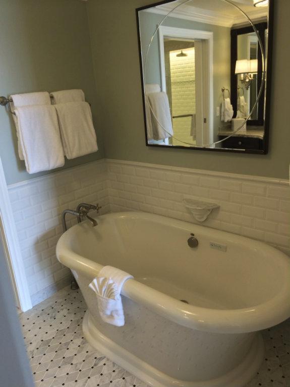 The-Villas-at-Disney-Grand-Floridian-bathroom