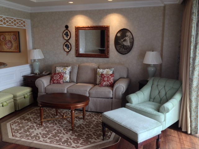 Villas-at-Grand-Floridian-Disney-Vacation-Club-living-room