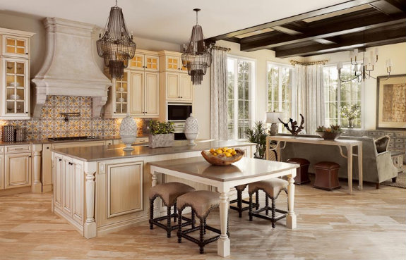 A kitchen in a Golden Oak at Walt Disney World Resort house