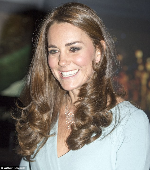 Duchess Kate pregnant Natural History Museum